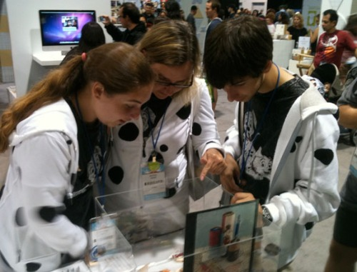 Disney Fans Checking Out Our Ugly Pens Submissions at D23